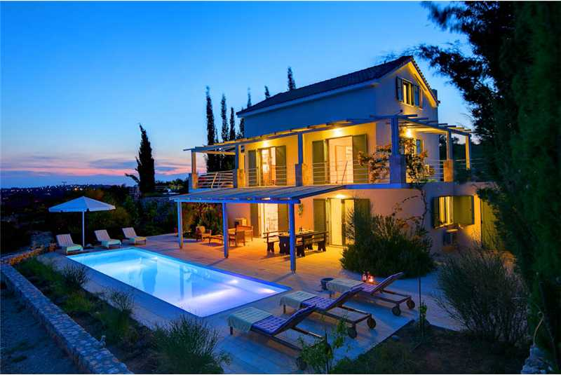 Villa Asterias by night