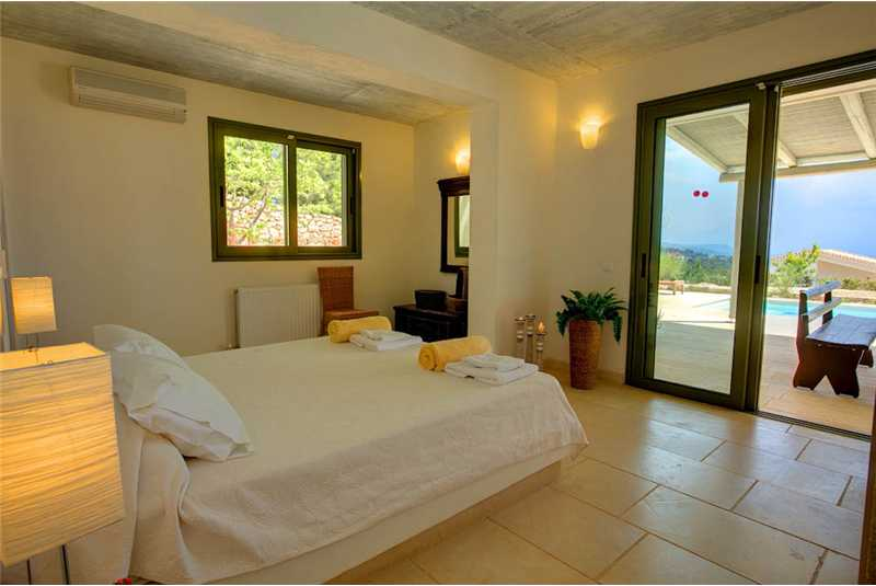 Villa Asterias ground floor bedroom